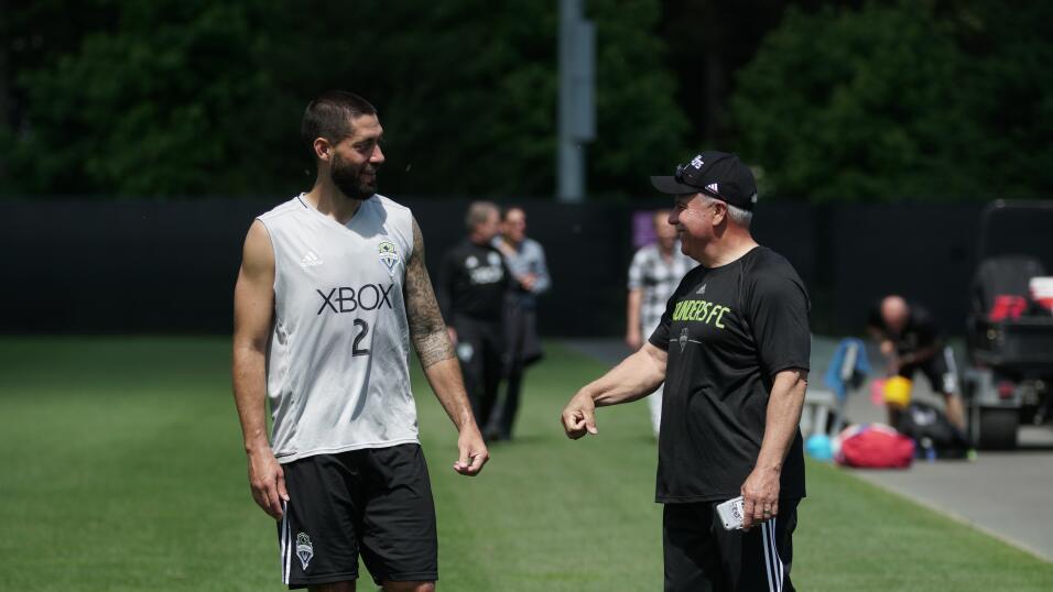 Clint Dempsey Jugador de la Copa de Oro foto16.JPG
