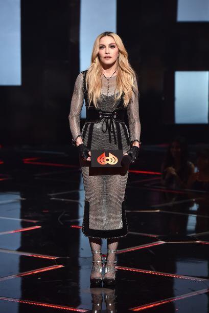 Madonna siempre espectacular, esta vez lució un vestido con transparenci...