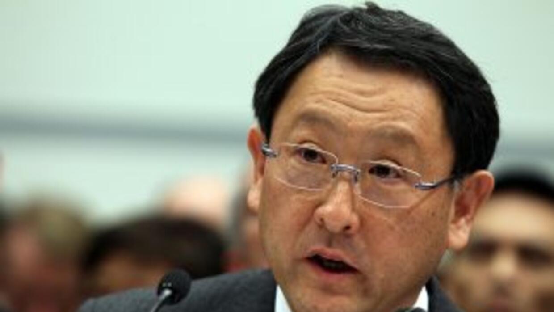 El presidente de Toyota pidió disculpas por las fallas registradas en nu...