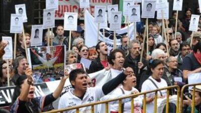 Familiares de los 43 de Ayotzinapa en Uruguay.