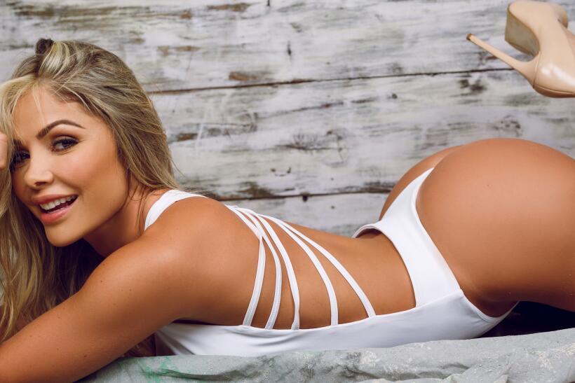 La bellísima Lina Cardona (@linacardona1_) es una modelo y actriz...