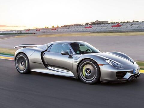 Porsche 918 Spyder $845,000 - El Porsche 918 Spyder tiene muchas influen...