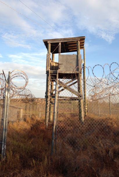 El lugar de los vigilantes. La mayoría de los detenidos son de Afganistán.