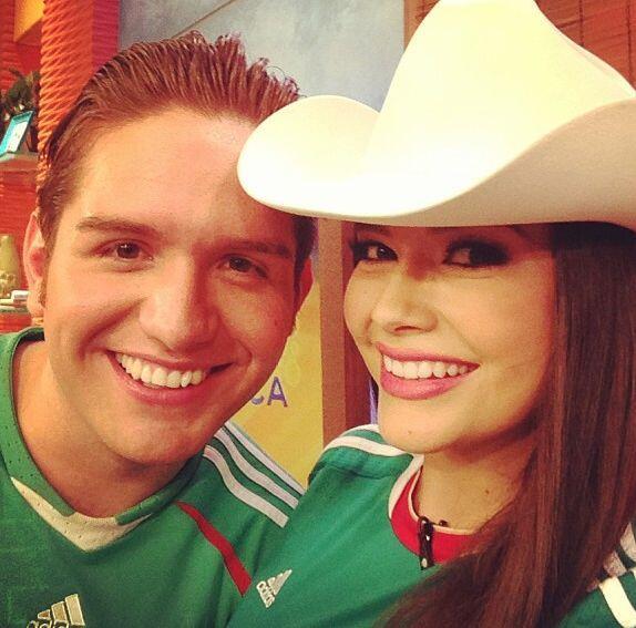 """""""Con mi amigo @eldasa en @despiertaamericatv, ¡qué bien la pasamos!"""", mo..."""