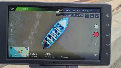 Otro bote con indocumentados llega a playa de California y la Policía cierra una escuela cercana