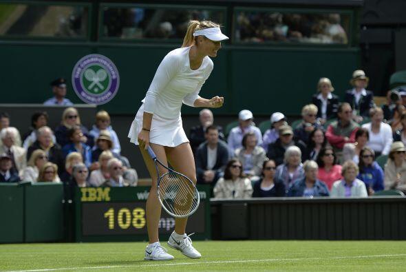 La campeona del 2004 en Wimbledon superó a la francesa Kristina Mladenov...