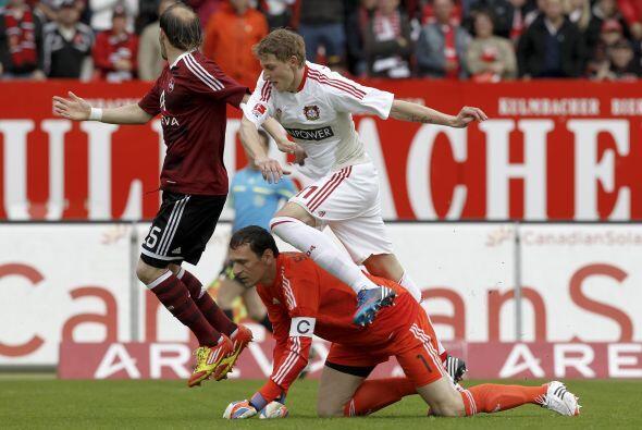 Finalmente, aparece el atacante Stefan Kießling.