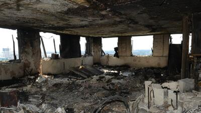 En fotos: Así quedó el interior de la torre Grenfell de Londres tras el devastador incendio
