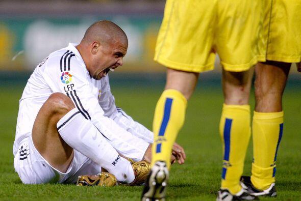 Si bien la FIFA consideraba y considera, que a los buenos jugadores hay...