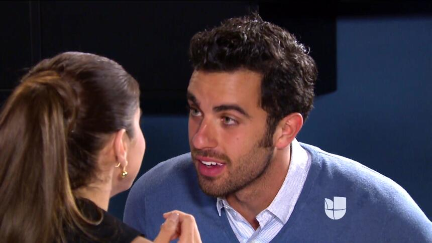 ¡Julia le confesó su secreto a Arturo! CF3F8F5C4A25487DA1435C33057A9C22.jpg