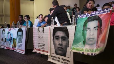 Expertos refutan versión sobre muerte de normalistas en Ayotzinapa
