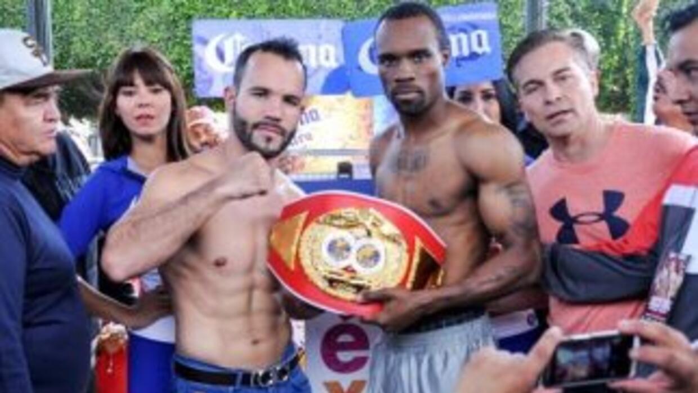'Inocente' Álvarez y Harris en peso (Foto: Canelo Promotions).