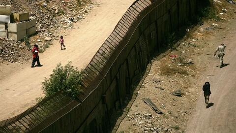 Sheriff de Bristol ofrece enviar reos a frontera de EEUU con México para...