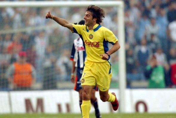 Claudio López fue el otro jugador que ha logrado triunfar y destacar en...