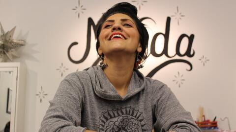 Esta foto es de Noelle Reyes, una de las propietarias de una nueva tiend...