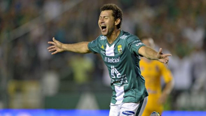 Miguel Sabah anotó dos veces en la victoria de la Fiera.