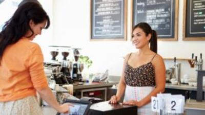 Las mujeres inician sus empresas impulsadas por la oportunidad, no por n...