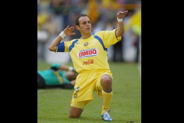 Cuauhtémoc Blanco es uno de los 3 mejores futbolistas en la historia de...