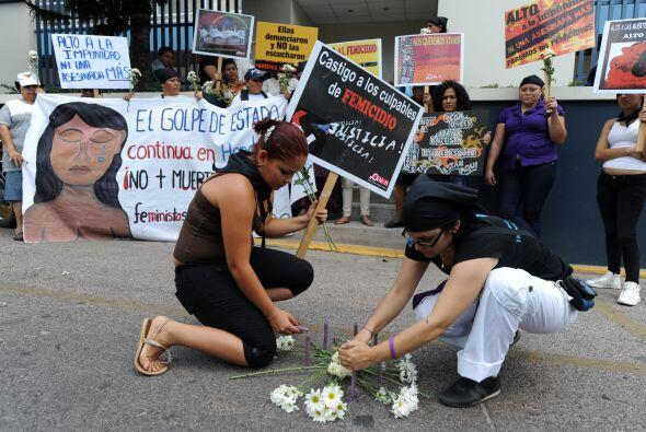 Se estiman que los asesinatos de jóvenes en el país es de 6,381 entre 19...