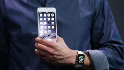 El nuevo iPhone 6 tiene 2 tamaños: 4.7 y 5.5 pulgadas.