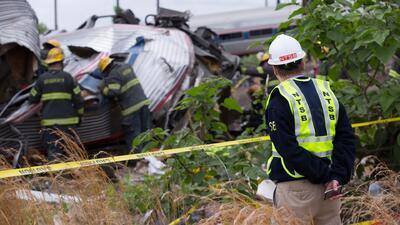 Reanundan servicio de Amtrak tras incidente
