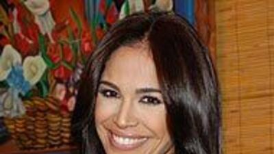 Karla Martínez te aconseja rodearte de personas positivas que te ayuden...