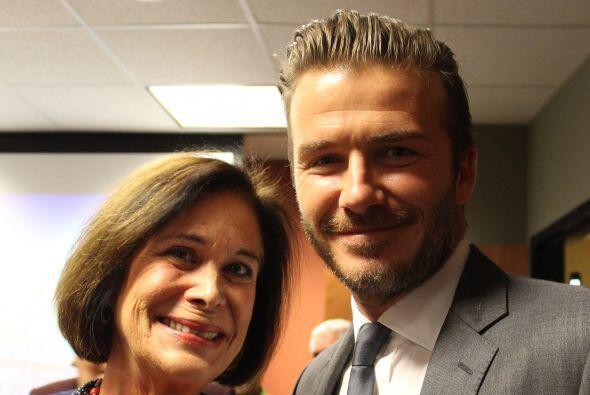 Beckham con Bernie Pardo, personalidad de Radio Mambí 710 AM