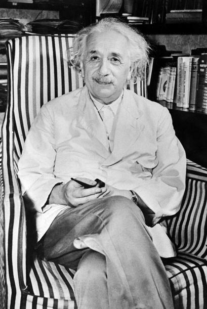 Albert Einstein: Fue un físico alemán de origen jud&iacute...