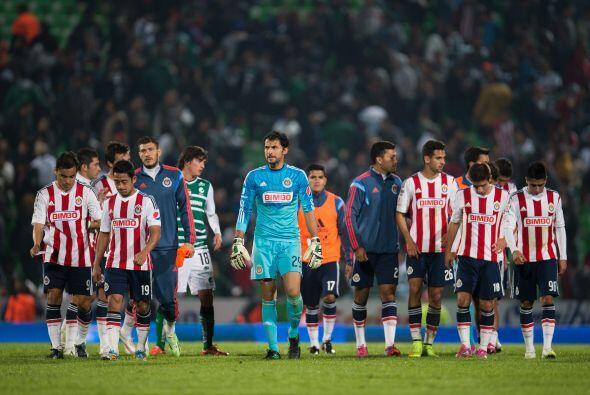 En la portería Chivas pareciera tener ventaja pues Luis Michel en...