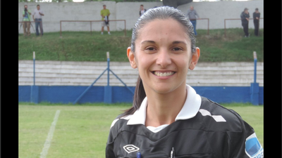 Árbitra Claudia Umpiérrez entrará en la historia de fútbol uruguayo