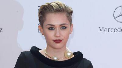 Miley Cyrus recordó a su perro Floyd