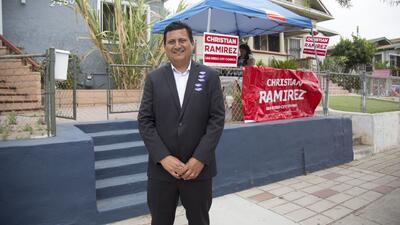 """""""Necesitamos un presidente que no le tenga miedo al gobierno de EEUU"""", dice un candidato a regidor de San Diego"""