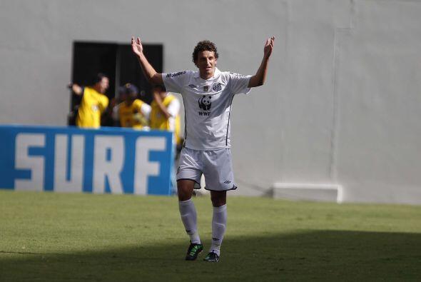Elano lleva anotado cinco goles en tres partidos con el Santos, una jorn...