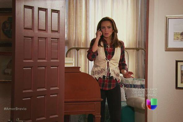 Mariano advierte a Camila que Leoncio persigue a Isadora y podría hacer...