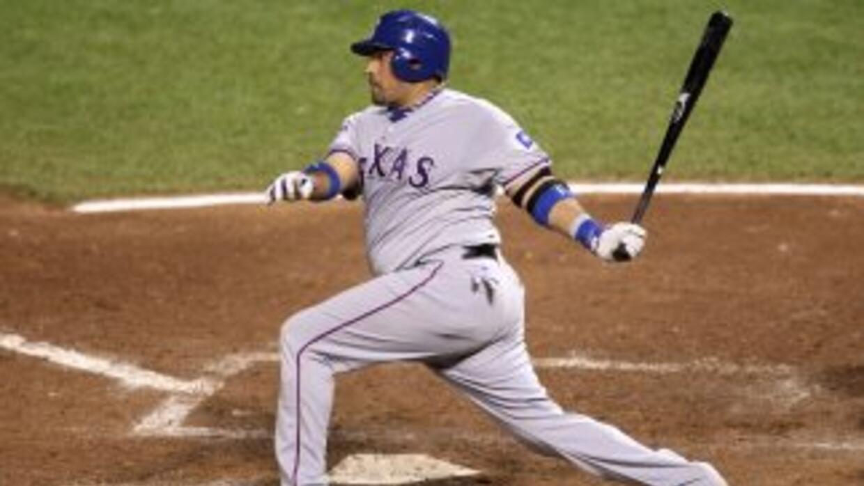 Bengie Molina se va con un promedio de bateo de por vida de .274, con 14...