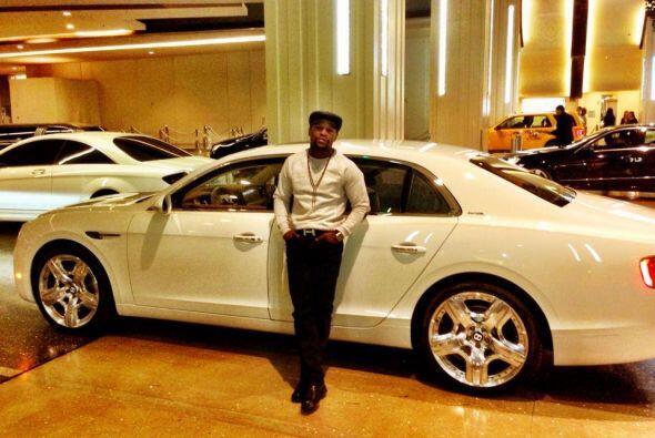 Bentley Mulsanne    Motor V8 Twin-Turbo 6.8 Lts.  Potencia 505 HP  Ac...
