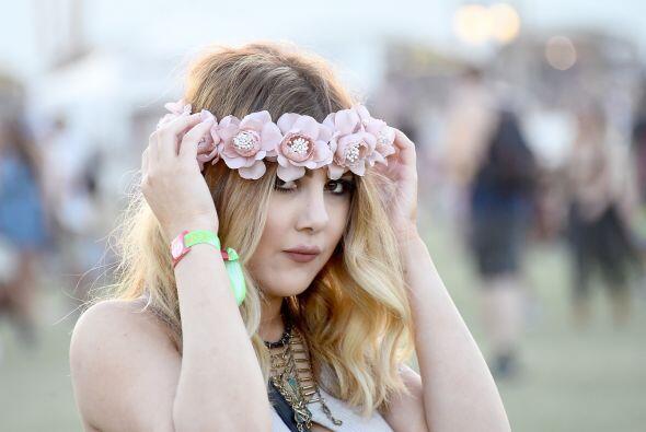 En este festival volvieron a aparecer las coronas de flores, un accesori...