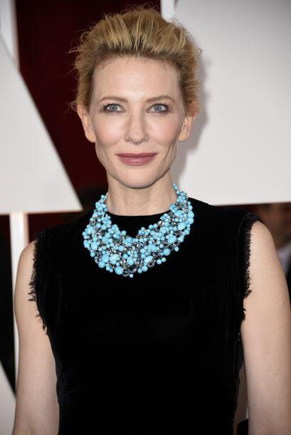 Un caso similar fue el de Cate Blanchett, cuyo 'toupé' lució más relajad...