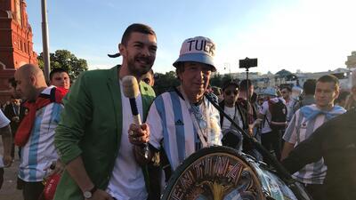 El alboroto argentino: los fans de la albiceleste 'pintan' las calles rusas