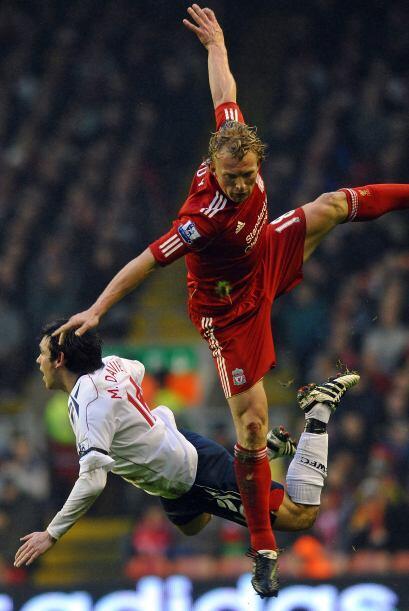 Liverpool se recuperó luego de ir perdiendo y superó por 2 a 1 al Bolton...