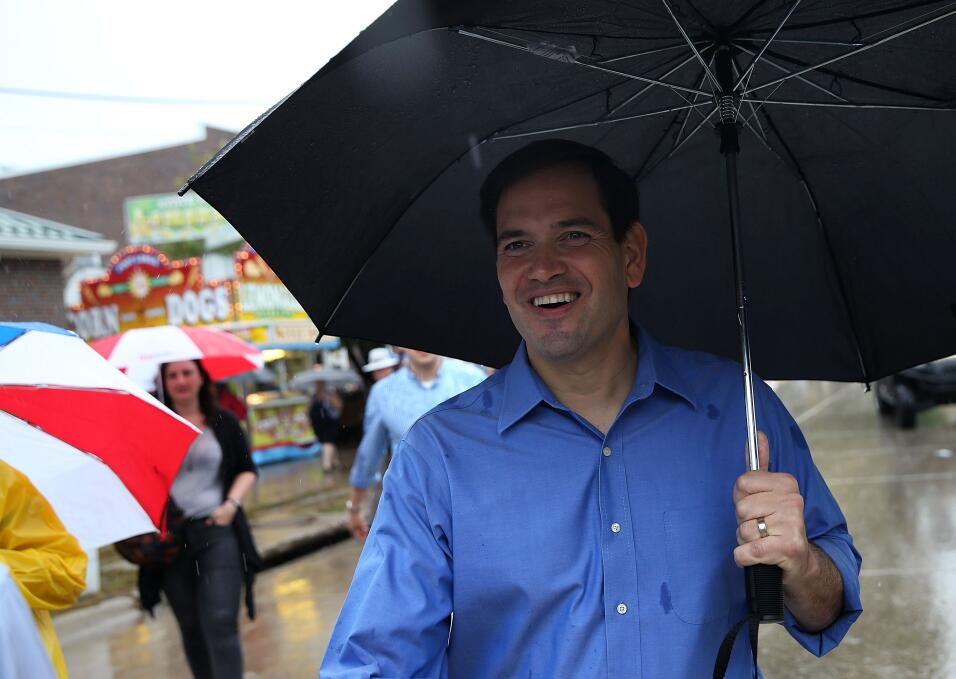 Marco Rubio durante picnic familiar en Iowa