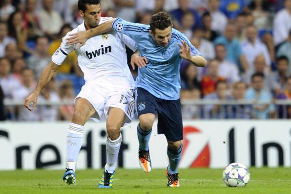 Por su parte el Real Madrid enfrentó al poderoso Ajax de holanda en la J...