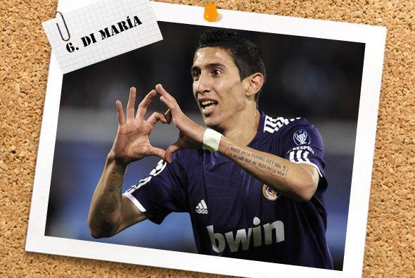 Ya en el mediocampo, el argentino Angel Di María ha tenido un buen arran...