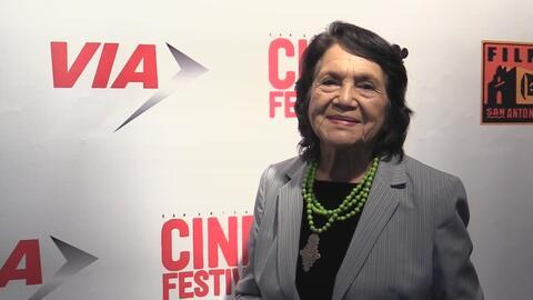 Dolores Huerta condenó las políticas migratorias de Donald Trump y mandó...