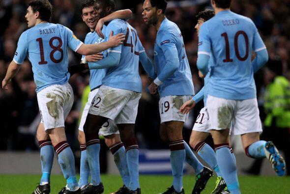 Y faltaba el tanto de Yaya Touré para el 3-0 definitivo para los ingleses.