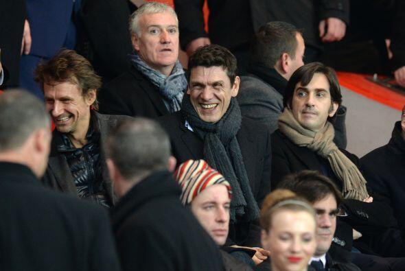 Rostros conocidos como el de Didier Deschamps, actual entrenador de la s...