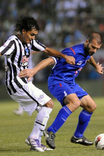 Lo que pudo ser el último partido de Emanuel Villa con la camiseta de Cr...