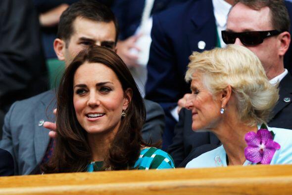 La Duquesa de Cambridge Mira aquí los videos más chismosos.