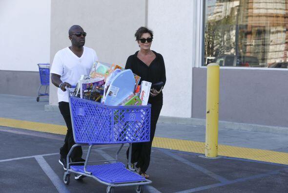 Mientras, aquí los dejamos con sus compras.