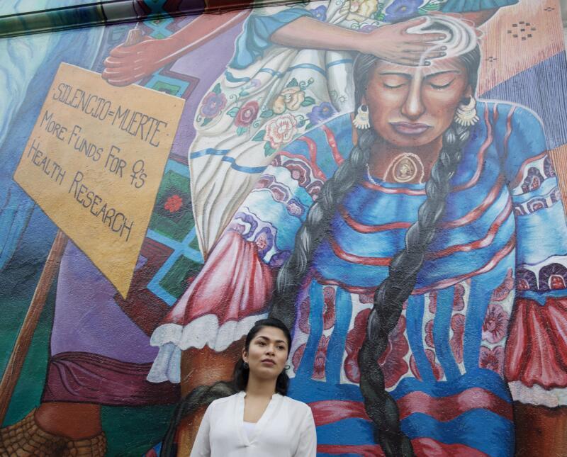 Reyna Maldonado cursa un pregrado en estudios étnicos y acude con frecue...
